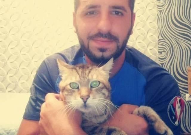 """21 წლის """"ფიგარო"""" შესაძლოა ყველაზე ასაკოვანი კატაა საქართველოში"""
