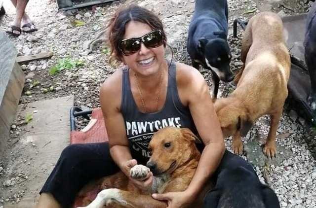 """ქარიშხალ """"დორიანის"""" დროს, ბაჰამის კუნძულებზე მცხოვრებმა, ასამდე მიუსაფარი ძაღლი სახლში შეიფარა"""